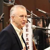 Fred Bartenstein moderates Southwestern Ohio Bluegrass Music Heritage lecture series, Hamilton (OH), March 7, 2017. (Photo: Miami University Regionals)